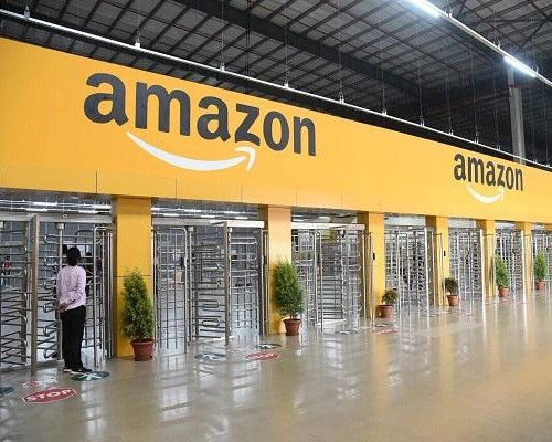 AMAZON WORKERS RAISE CONCERNS OVER HEALTH CONDITIONS