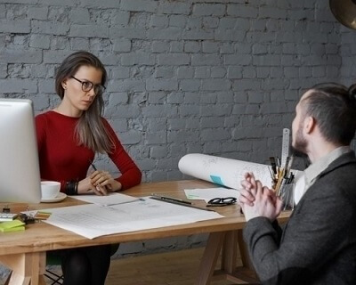 Interview flirtations can make you lose qualified candidates