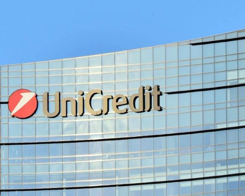 UniCredit CEO Mustier withdraws from HSBC role