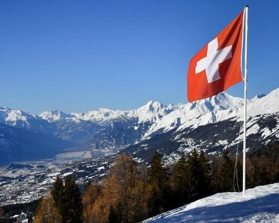 SWITZERLAND TROUNCES NATIONS IN ATTRACTING TALENT