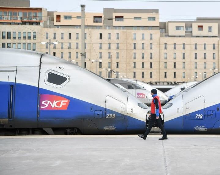 SNCF, THE STATE OWNED FRENCH RAILWAY LOSES DEAD WEIGHT BY CHOPPING OVER 2000 JOBS IN 2019