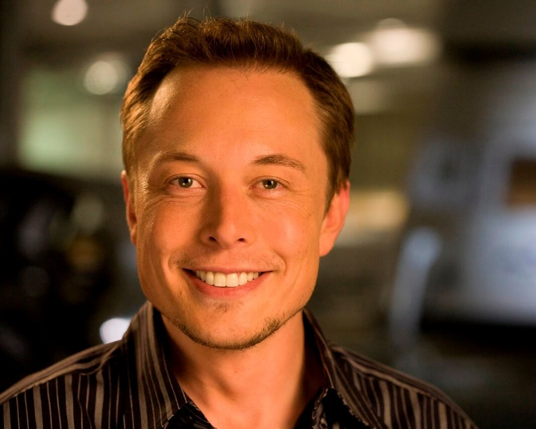 SHOULD ELON BE TWEETING MORE RESPONSIBLY?
