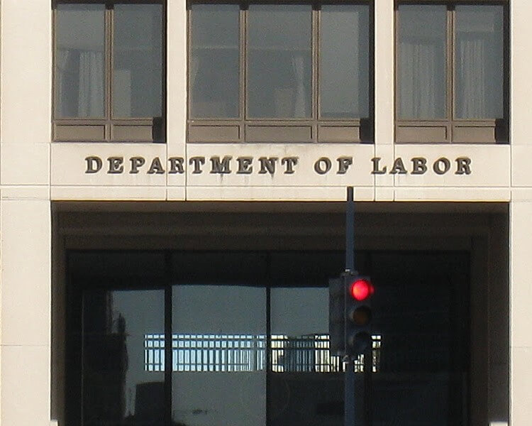 DOL MEMO MAY COMPLICATE HIRING FOR EMPLOYERS WHO DEPLOY H-1B WORKERS