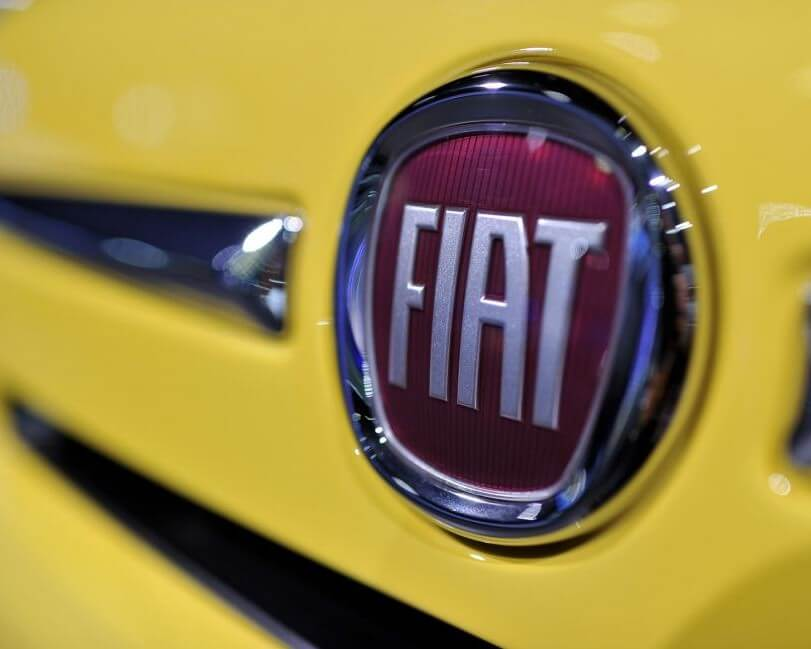 CANADA AUTO INDUSTRY SEES TOUGH DAYS AHEAD AS FIAT CUTS 1,500 JOBS