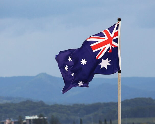 AMIDST SCANTY GAINS AND WEE LOSSES AUSTRALIAN JOB MARKET STAYS FIRM
