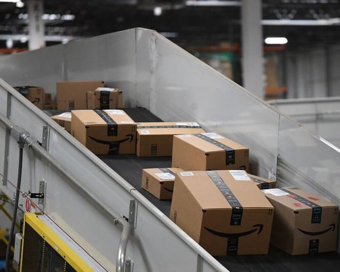 AUTOMATION WON'T ELIMINATE AMAZON'S WAREHOUSE JOBS