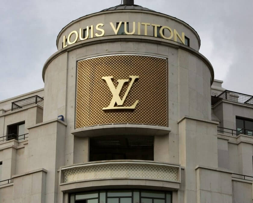 ATTORNEY FILES A LAWSUIT AGAINST LOUIS VUITTON