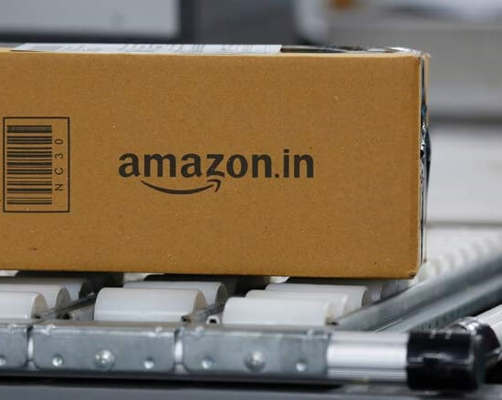 AMAZON ROLLS OUT MACHINES THAT REPLACE HUMANS