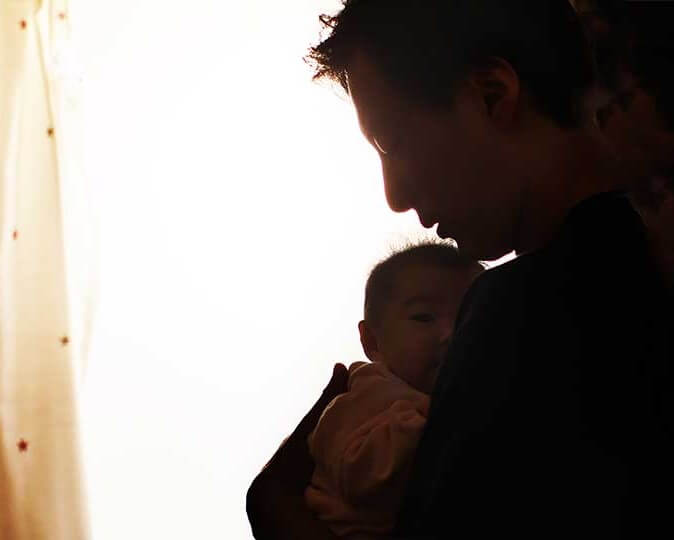 WORKPLACE FLEXIBILITY FOR NEW FATHERS IMPROVES HEALTH OF NEW MOMS