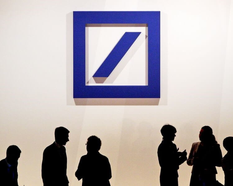 DEUTSCHE BANK TO CUT THOUSANDS OF JOBS