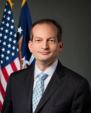 U.S. LABOR SECRETARY RESIGNS
