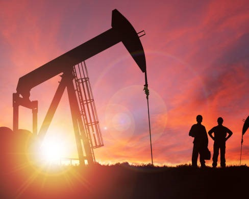 US shale oil producers plan to slash jobs!