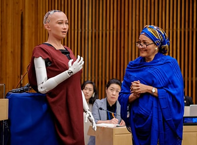 MEET SOPHIA, THE FIRST ROBOT TO HAVE SAUDI CITIZENSHIP