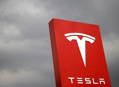 "FORMER EMPLOYEE BASHES TESLA, CALLS IT ""HOT-BED FOR RACISM"""