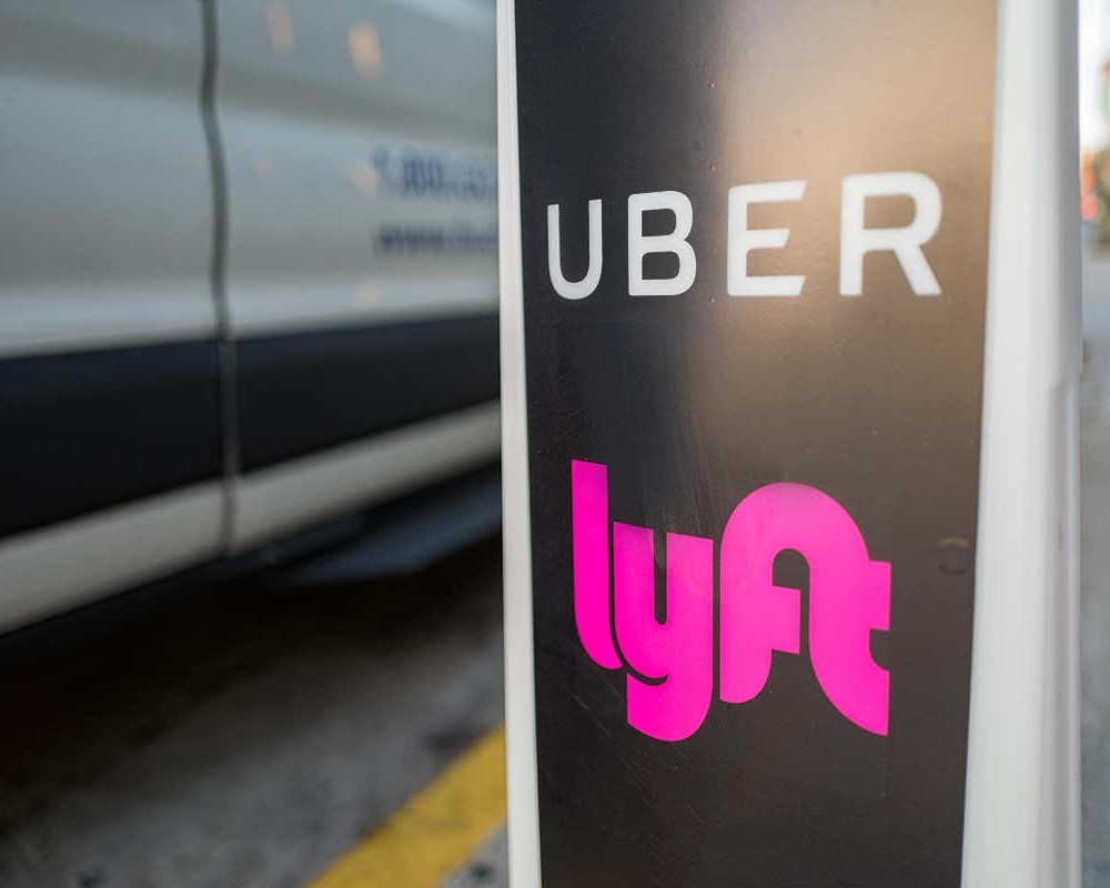 Uber and Lyft face another lawsuit over incorrect worker status!